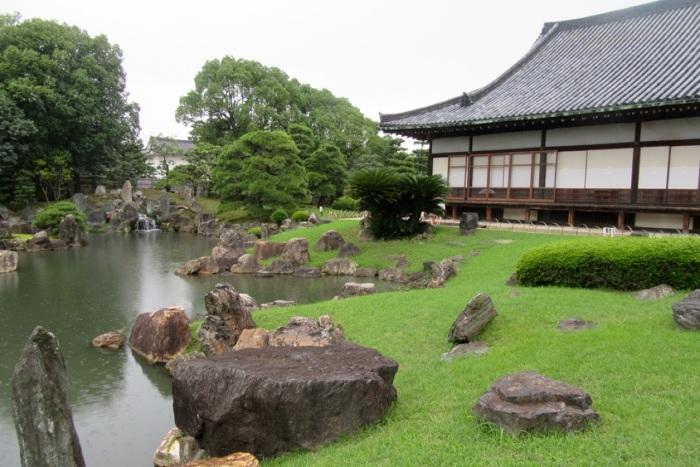 5.1475107200.gardens-at-nijo-castle