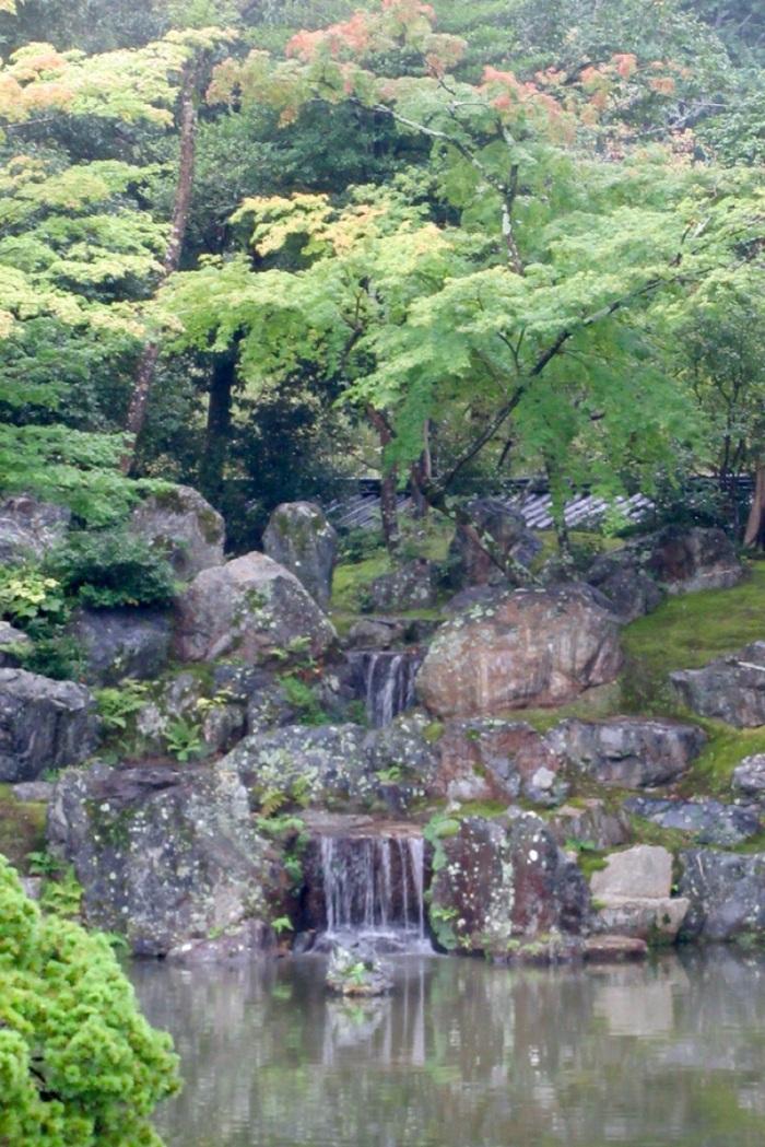 5.1475107200.small-waterfall-at-sanboin