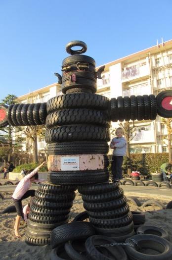 5.1486972754.tire-robot-kawasaki-tire-park
